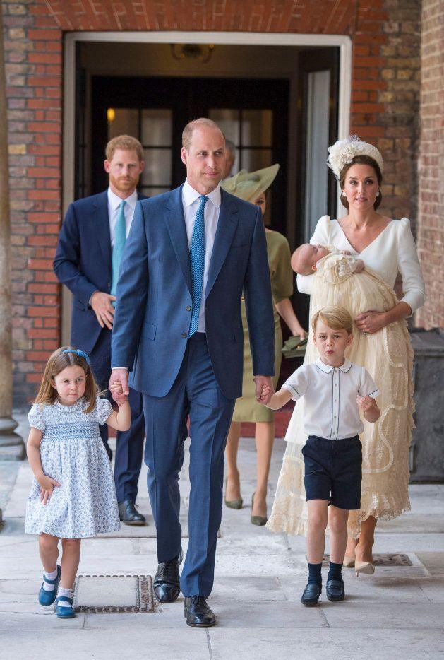 Por qué los duques de Cambridge sirvieron una tarta de hace 7 años en el bautizo de su