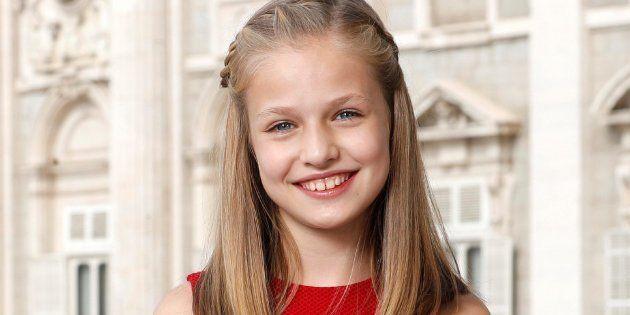 Retrato oficial de la princesa de Astrurias con motivo de su 12º cumpleaños realizada el 12 de octubre...