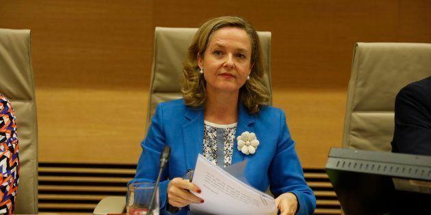 La ministra de Empresa, Nadia Calviño, comparece este martes en la Comisión de Economía y Empresa del