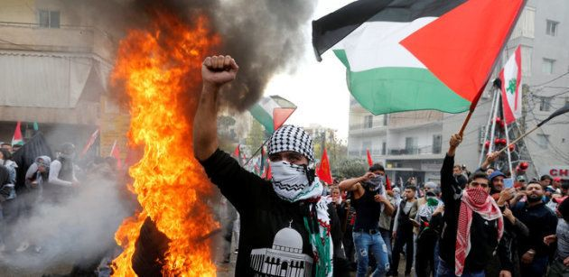Disturbios cerca de la embajada de EE UU en Beirut tras el reconocimiento de Jerusalén como capital