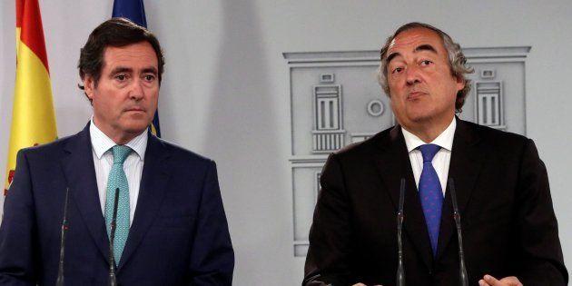 Los presidentes de CEOE y CEPYME, Juan Rosell y Antonio Garamendi, en la rueda de prensa en La