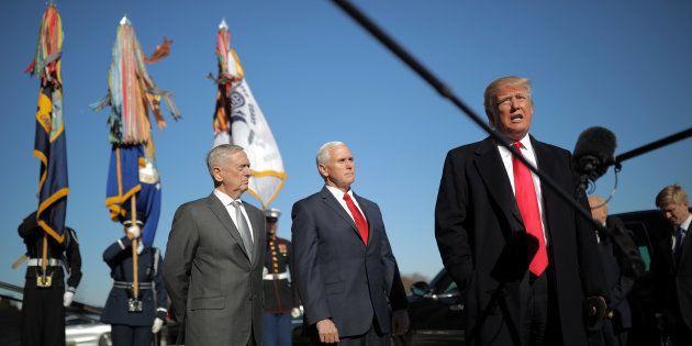 El presidente de EEUU, Donald Trump, el pasado 18 de enero a su llegada al Pentágono, con el secretario...