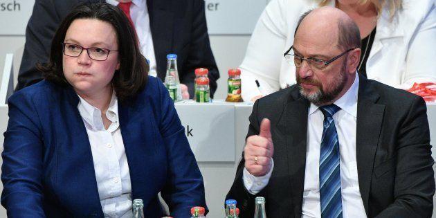 El SPD alemán da luz verde a negociar una nueva gran coalición con