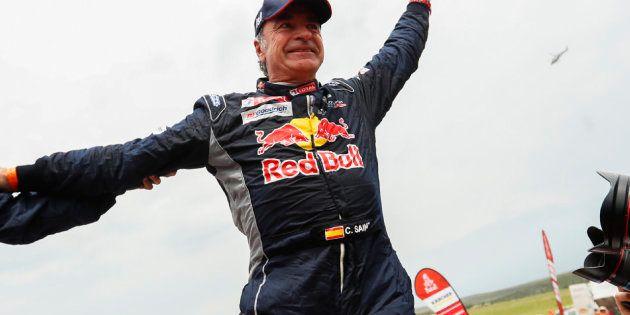La imagen de las suelas de Carlos Sainz tras el Dakar enloquecen