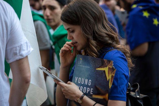 Jóvenes europeos en la marcha por Europa del 12 de mayo de 2018 en Milán