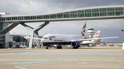 Cancelados todos los vuelos en el aeropuerto londinense de Gatwick por la presencia de varios