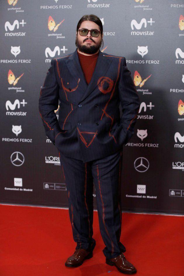 Por qué varias personas se han puesto el mismo traje en los Premios