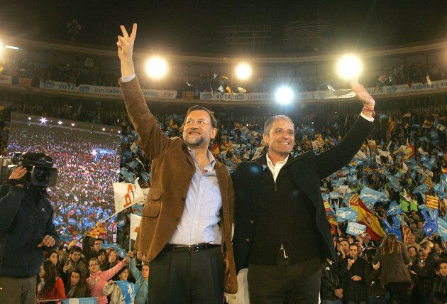Rajoy y Camps en la plaza de toros de Valencia el 6 de marzo de