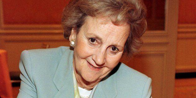 Katharine Graham (1917-2001) en una imagen de 1997 (Photo by Vince Bucci/Getty