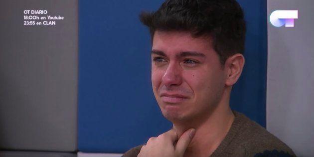 Alfred rompe a llorar al ver la actuación de Salvador Sobral en Eurovisión