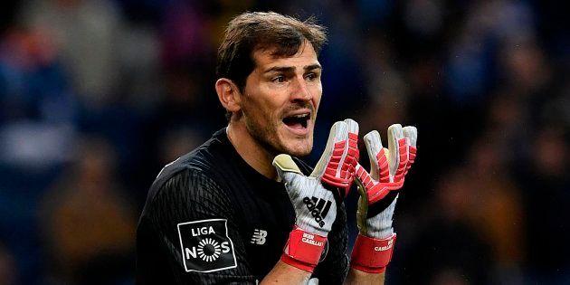 El cabreo de Casillas en Twitter con el árbitro tras el primer gol de