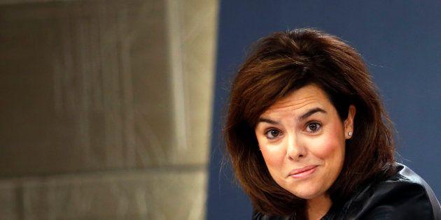 Seis de cada diez votantes del PP prefieren a Santamaría en vez de a Casado, según 'El