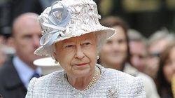 La reina Isabel II advierte sobre los peligros del