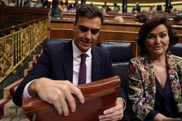 Sánchez presenta su plan de Gobierno: prohíbe nuevas amnistías fiscales y se exhumarán