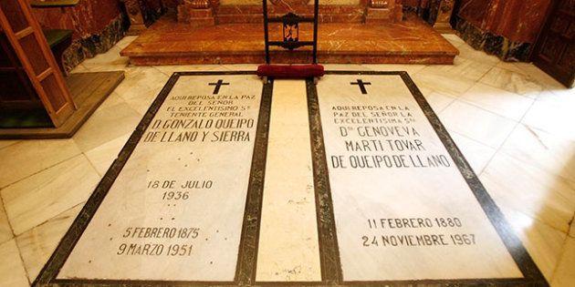 Las tumbas de Queipo de Llano y su esposa, en La