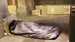 Buscan a una persona sin hogar que devolvió una cartera con 1.000 euros extraviada por un