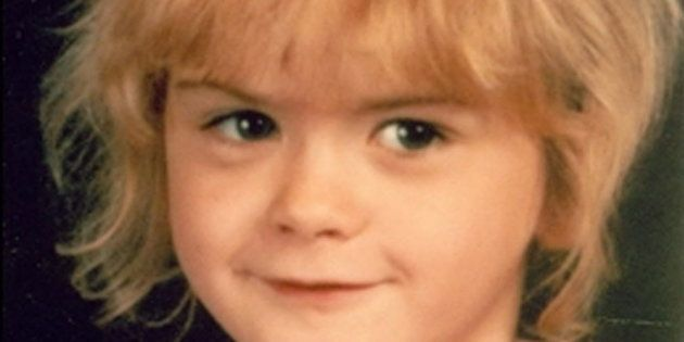 Fotografía difundida por el FBI para localizar a April Tinsley, que fue secuestrada, violada y asesinada...