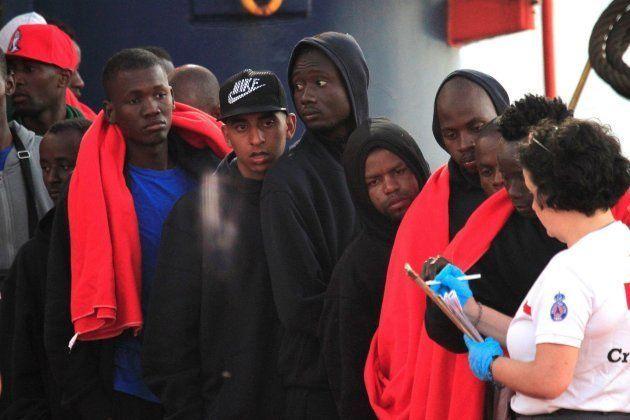 Los inmigrantes tendrán derecho a sanidad en las mismas condiciones que los