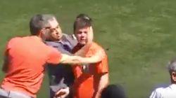 Un joven árbitro sale llorando tras los insultos de los