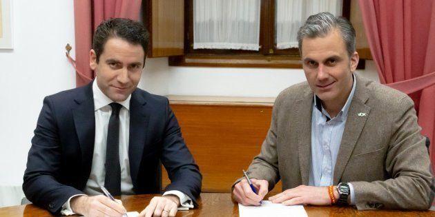 Teodoro García Egea (PP) y Javier Ortega Smith