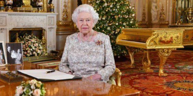 La reina Isabel II cabrea a los ingleses por lo que hizo en su mensaje de