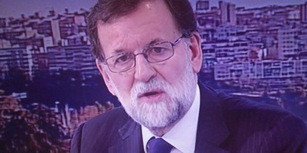 Rajoy corrige su