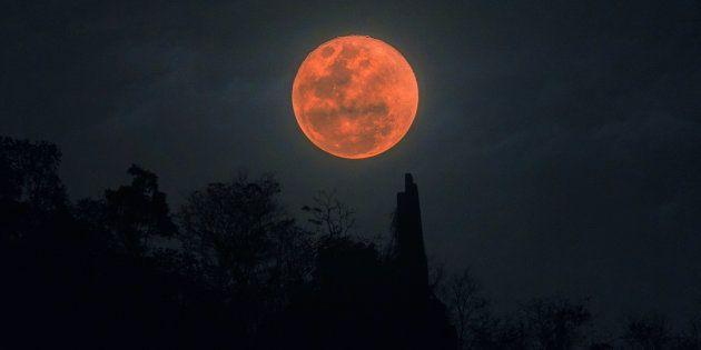 Luna de sangre fotografiada el 31 de enero de 2018 en