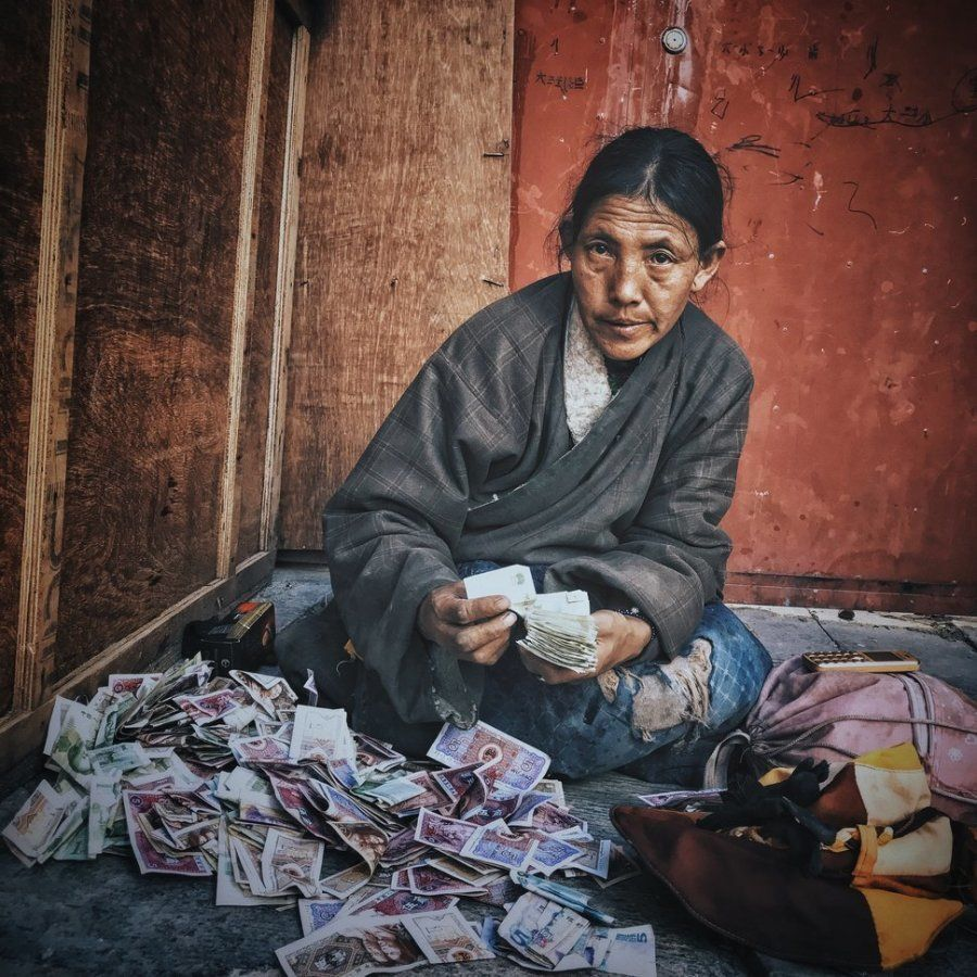 Segundo puesto. 'La mujer tibetana'. Lhasa City, Tíbet. Hecha con un iPhone