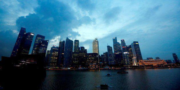 Fotografía de archivo que muestra los rascacielos de