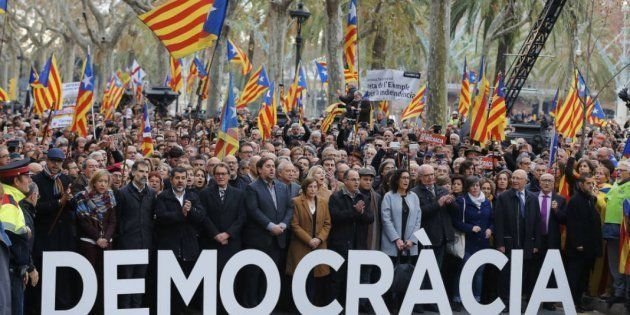 Los independentistas querían un Ejército catalán, sin mili y en la