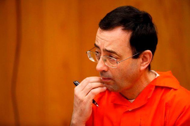 Larry Nassar durante el juicio en Charlotte