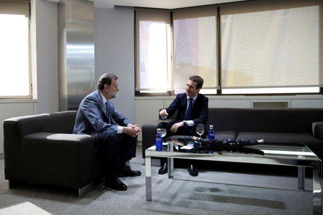 La foto de la sucesión: Casado y Rajoy en
