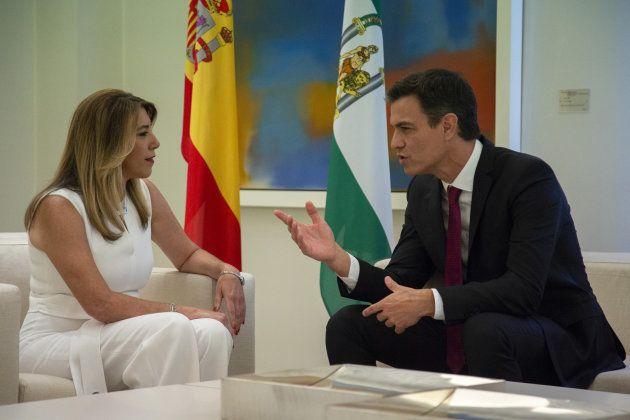 Díaz dice a Sánchez en Moncloa que tendrá una actitud