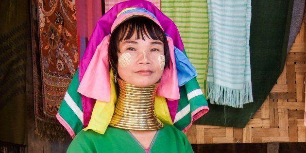 Una mujer de etnia