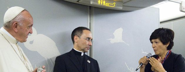 Mi pregunta al Papa en el vuelo papal de Bangladesh a