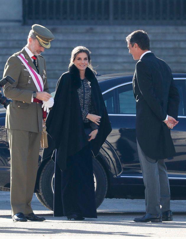 El detalle con el que nunca habías visto a la reina Letizia en la Pascua