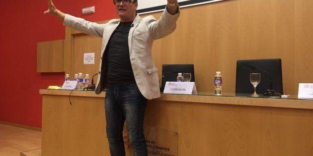 Conferencia 'La Palabra Mágica' en la Universidad de Zaragoza