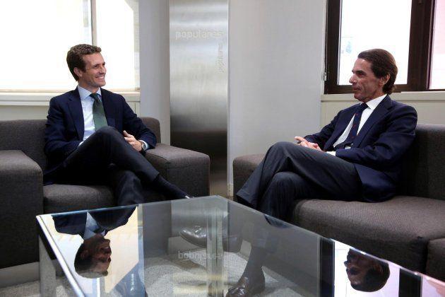 Casado y Aznar se reúnen en Génova y hablan de la