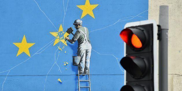 Un mural de Banksy que representa la ruptura de la Unión
