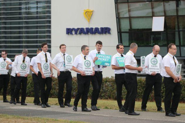 Ryanair reduce un 20% su flota en Irlanda, con más de 300 posibles