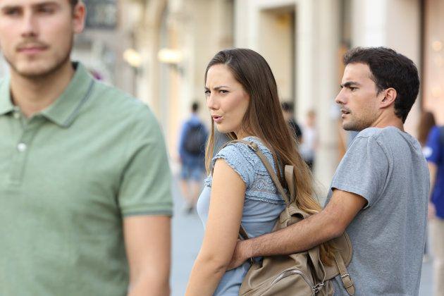 Las mujeres también son mironas, y negarlo justifica la represión
