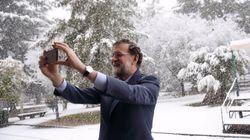 Las bromas con esta foto de Rajoy en la nieve son lo mejor que vas a ver