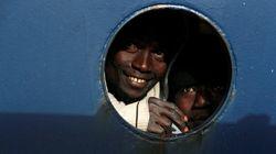 Malta autoriza el desembarco de los 49 migrantes rescatados por dos