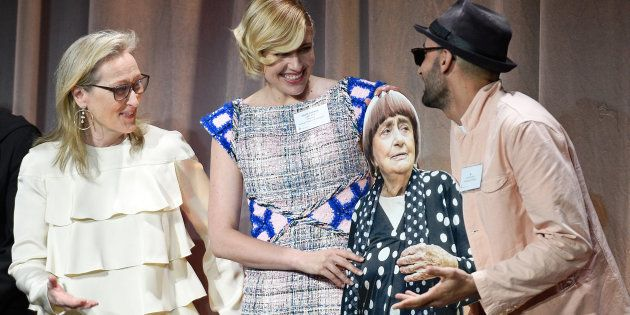 Angès Varda logró colarse en la foto de los nominados a los Oscar sin estar