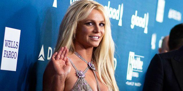 Britney Spears se ve obligada a abandonar los escenarios por el estado de salud de su