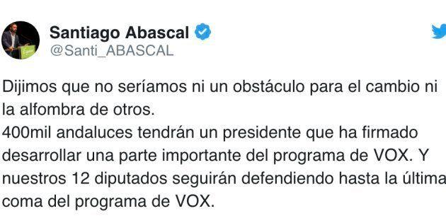Este es el primer tuit de Abascal (Vox) pocos minutos después del acuerdo con el