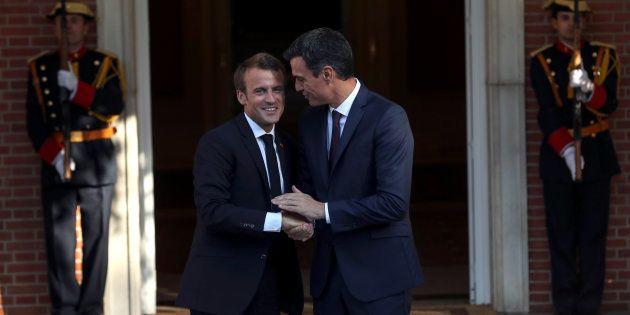 Pedro Sánchez recibe a Emmanuel Macron en la