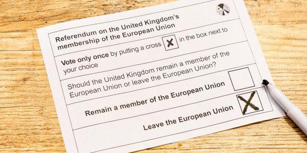 Papeleta del referéndum de 2016, en la que ganó