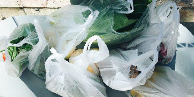 Las bolsas de plástico dejarán de ser gratis a partir del 1 de