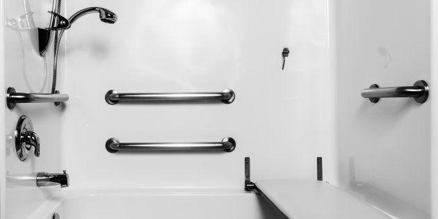 La incongruencia en el diseño de los baños para minusválidos de algunos